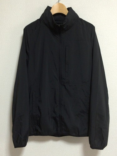uniqlo_zipupjacket_a