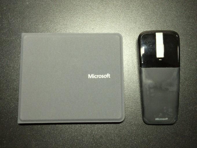 Microsoft Universal Foldable Keyboard_n